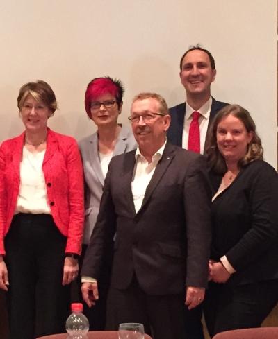 Uli Bahr, Petra Behr, Karl-Heinz Brunner, Christoph Schmid und Katharina Schrader (Bild: Claudia Müller)